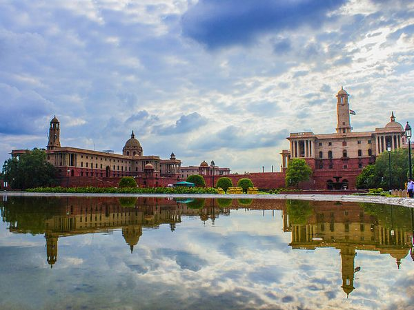 The Rashtrapati Bhavan belongs to the Delhi Order school of architecture, one that was invented by Architect Edwin Lutyens who also designed the iconic structure.