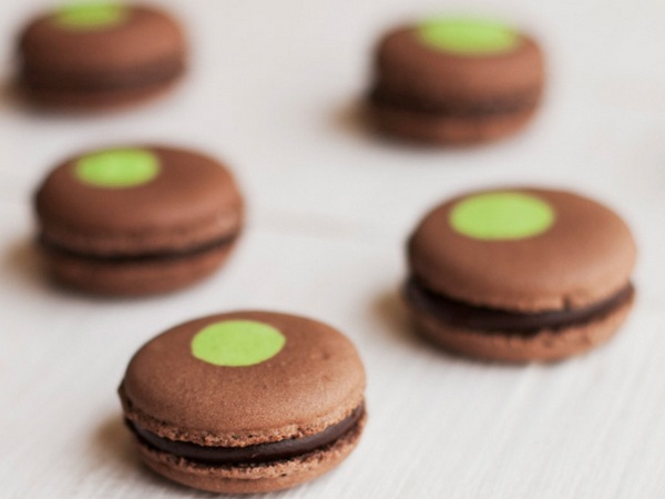 Macarons continue to be Le15's trademark product