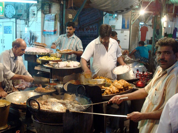 Take a food walk in Chandni Chowk during Ramzan