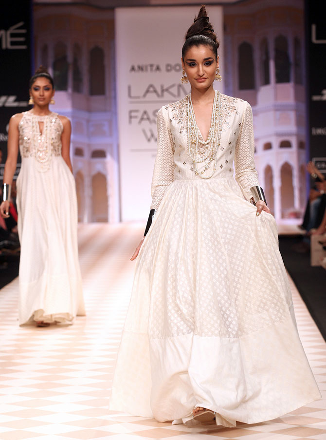 Images: Gorgeous bridals on the runway