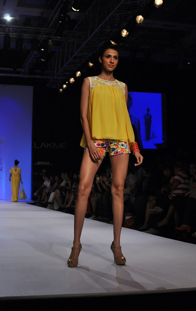 Alesia Raut showcases floral hotpants by Ranna Gill