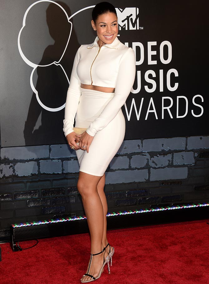 Naya Rivera attends the 2013 MTV Video Music Awards at the Barclays Center on August 25, 2013 in the Brooklyn borough of New York City