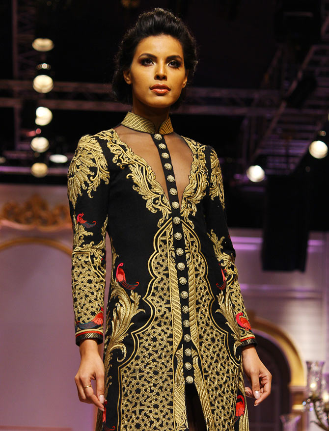 Deepti Gujral in a Mandira Wirk creation