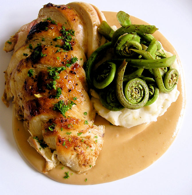 Lemon and Garlic Chicken with Mashed Potatoes