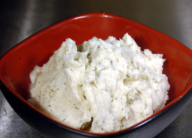 Mashed Potatoes with Garlic