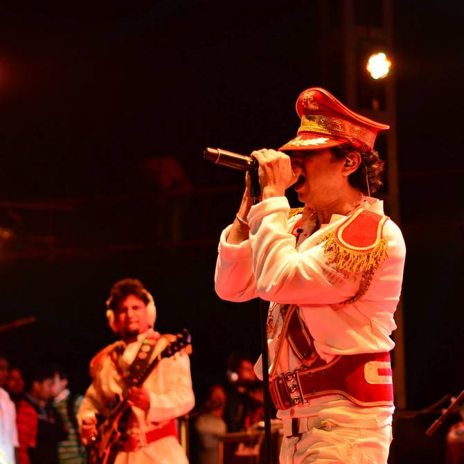 Palash Sen performing at Mood Indigo