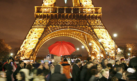'The romantic city of Paris!'' - Valentine's Day Special 2013