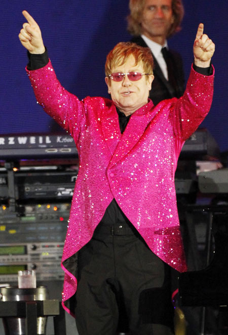 Elton John, March 25, 1947, is among the famous people to be born in the year of the Rooster