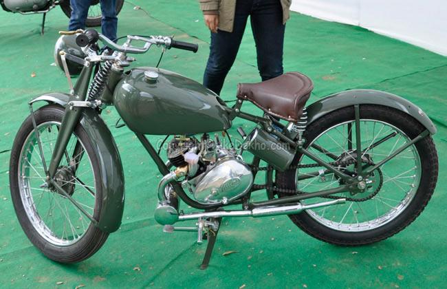 STUNNING PICS: Rare bikes at vintage motorcycle show