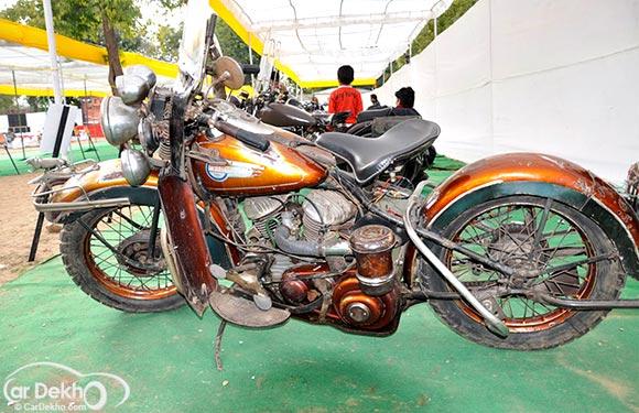 1943 Harley Davidson WLA V-Twin