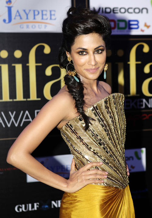 Arians like Chitrangada will have fame and fortune come their way, particularly towards the end of the year