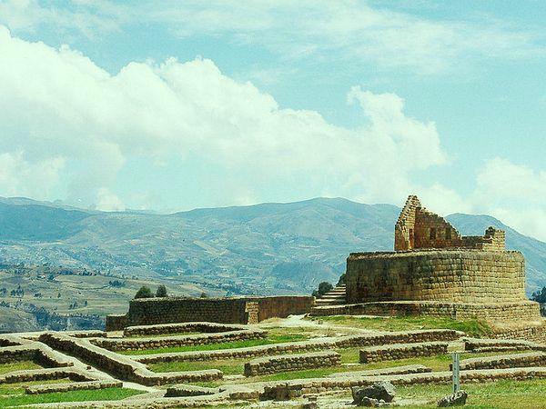 Ingapirca Ruins near Cuenca, Ecuador