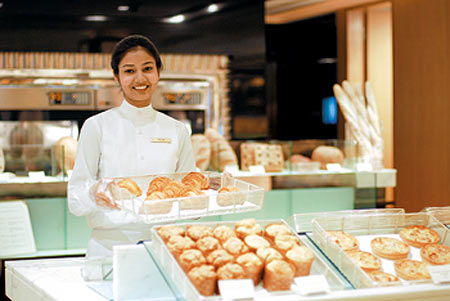 The food and beverage industry offers exciting career opportunities for youngsters