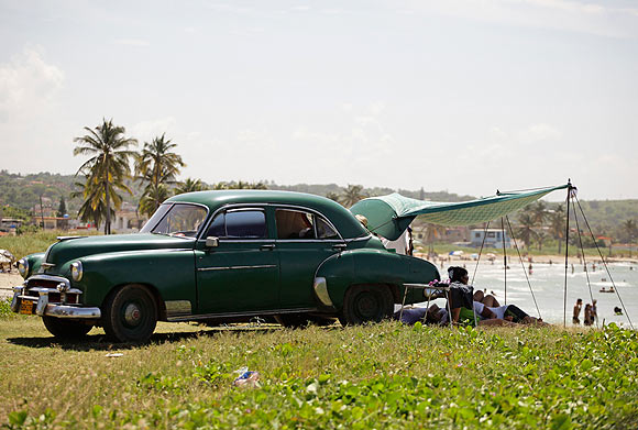 AMAZING PICS: Postcards from Cuba