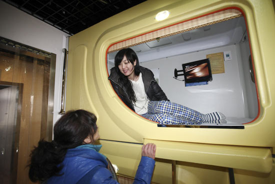 China's largest capsule hotel in Qingdao