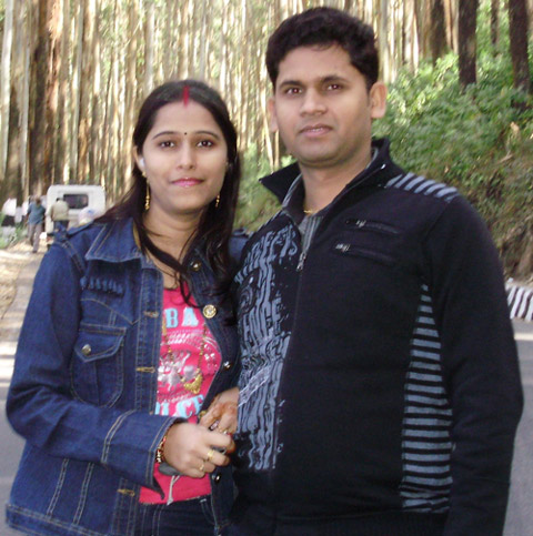 Ravi (right) with his wife Nitu