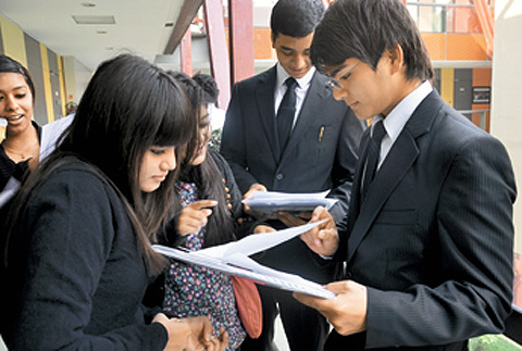 Do not hesitate in filling up a college form outside the IIMs.