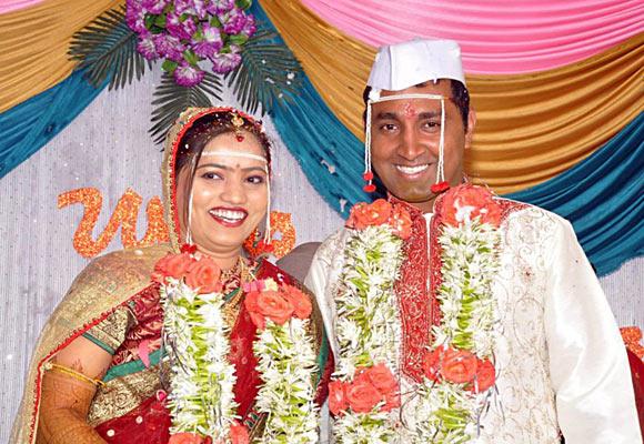 Abhinay Tilekar with his wife Pallavi Magar