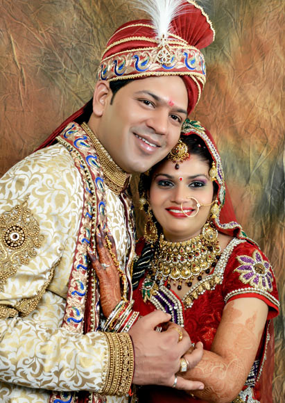 Amit Noonia with his wife Renu Malhan