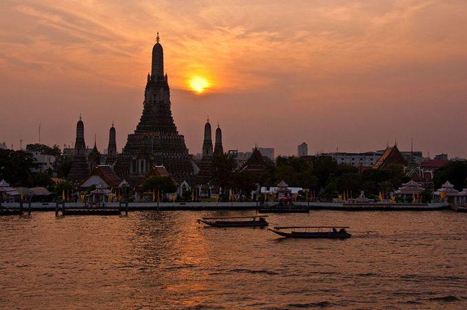 Temple of Dawn (Wat Arun), Bangkok, Thailand