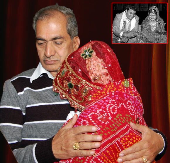 Shilpi Agrawal with her father; Inset: Shilpi Agrawal with her husband
