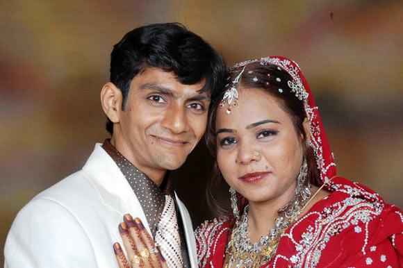 Fahad Pathan with his wife Aisha Shaikh