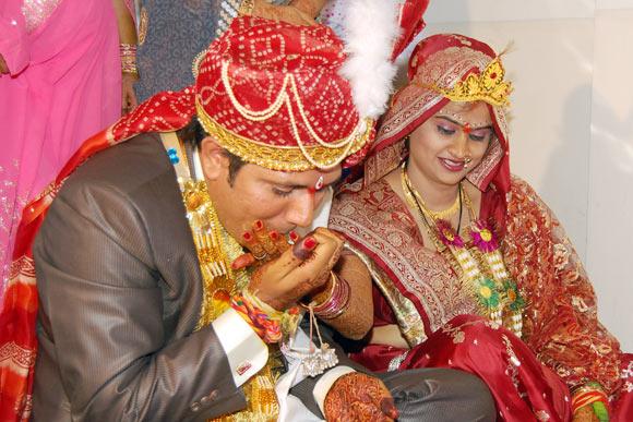 Gagan Dhundele with his wife Jaya Chheniya