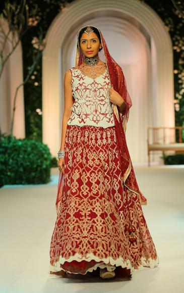 Candice Pinto for Meera Muzaffar Ali