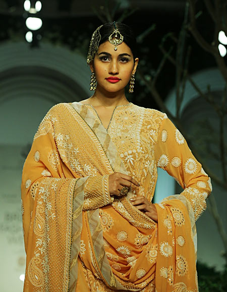 Anjali Lavania for Meera Muzaffar Ali