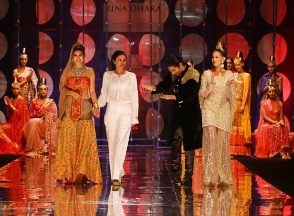 Sophie Choudry, Rina Dhaka, Prateik and Amyra