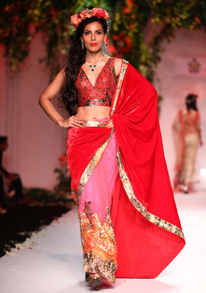 Deepti Gujral for Falguni & Shane Peacock