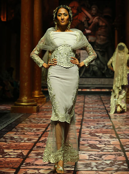 Surelee Joseph for Suneet Varma