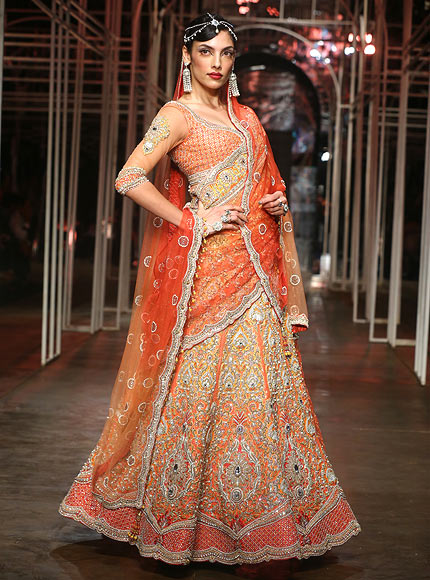 Indrani Dasgupta for Tarun Tahiliani