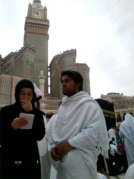Manzar Warsi at Mecca Haram Sharif