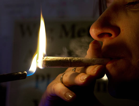 Smoking bans, taxes can SAVE 9 million INDIANS