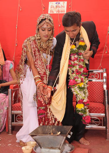PICS: Most romantic shaadi moments!