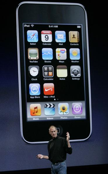 Former Apple CEO STeve Jobs at the launch of iPhone 4
