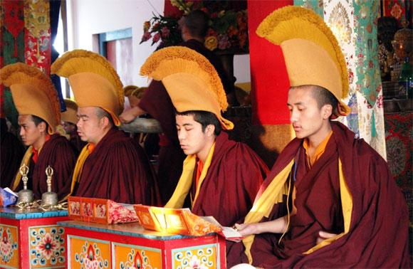 Prayer service at Tashi Jong