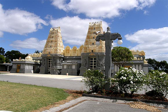 Man Caves For Sale Carrum Downs : Images top shiva temples outside india rediff getahead