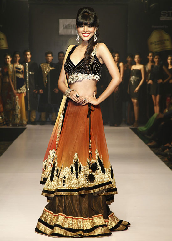 Former Miss India Natasha Suri walked for designer Archana Kochhar.