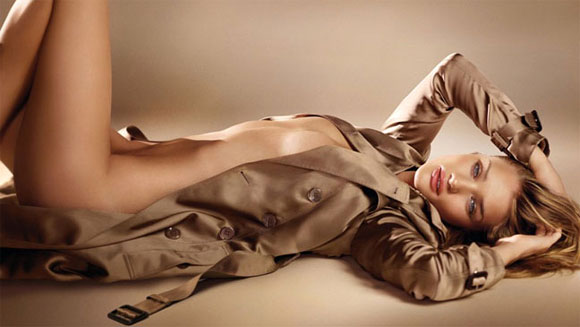 Rosie Huntington-Whiteley for Burberry ad campaign