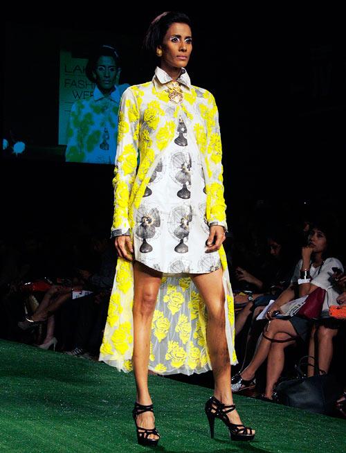 Model Kavita Kharayat