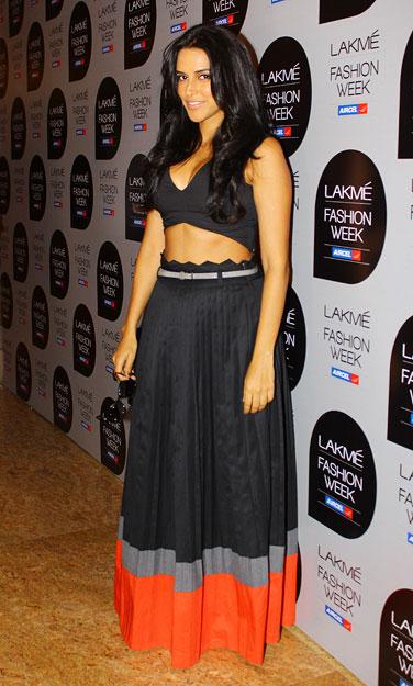 PICS: Genelia, Neha Dhupia attend Fashion Week