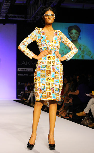 IMAGES: LFW goes fashionably patriotic