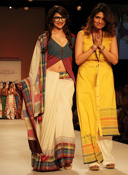 Prachi Desai with Shruti Sancheti