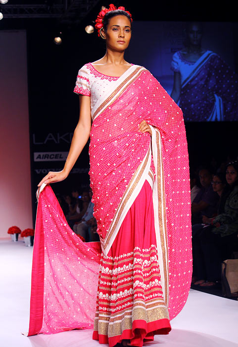 Spectacularly delicious Indian weaves on the runway