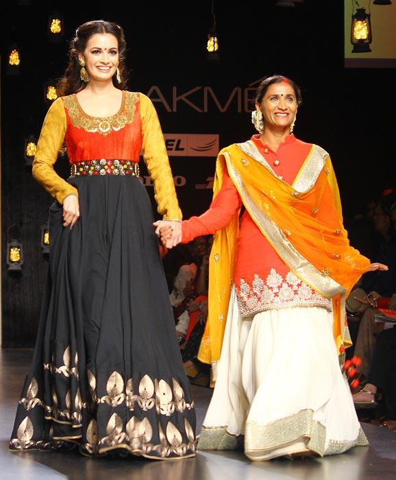 Dia Mirza with Rohini Valavatkar