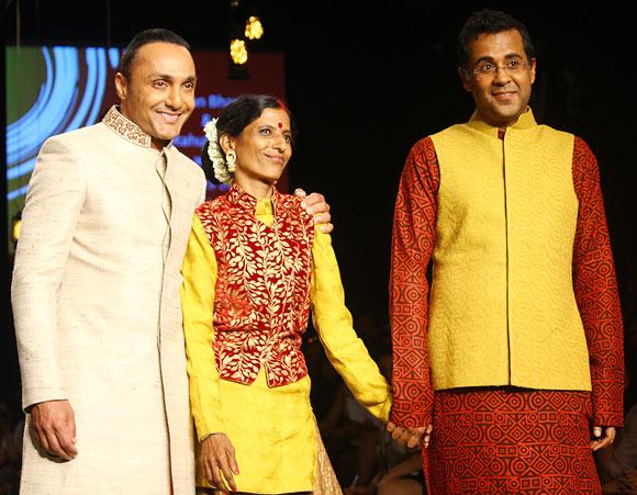 Rahul Bose, Ashwini and Chetan Bhagat