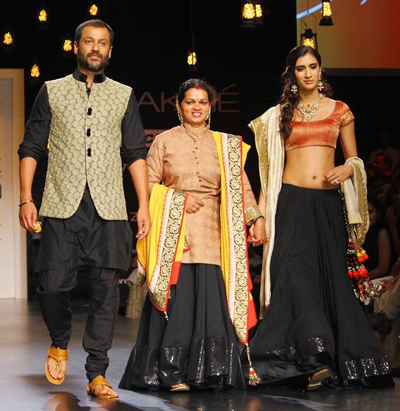 Abhishek Kapoor, Manali Sawant and Pragya Yadav