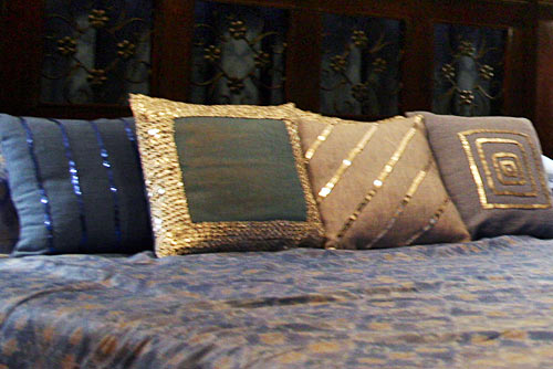 Make her a cute cushion